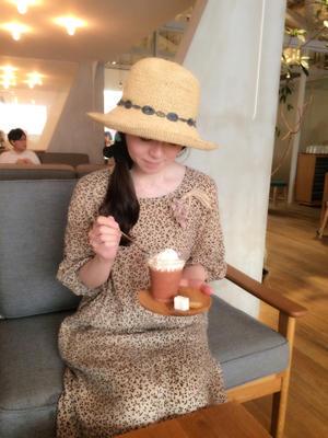 講座&買い出後のダンディライオン・チョコレート・ジャパンへ - 東京・自由が丘  井上ちぐさの刺繍&カルトナージュ教室  Atelier Claire(アトリエクレア)