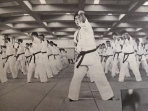 1987年豊中武道館ひびき - 実戦カラテ 大阪拳友会