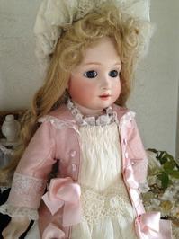 『王道』ピンクのジャケットドレス - 幸福な時間