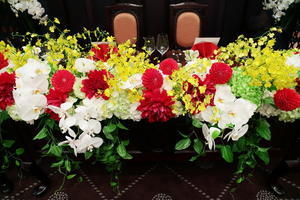 初夏の装花 和婚の装花 蘭とダリアとハプニング 目黒雅叙園清風の間さまへ - 一会 ウエディングの花