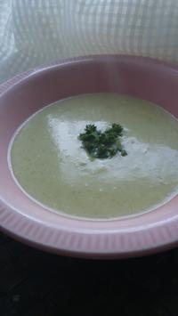 使い切り アスパラガスの軸のスープ - 料理研究家ブログ行長万里  日本全国 美味しい話