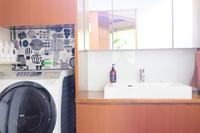 狭い洗面室を快適に。そしてバスルームの大失敗!!! - WITH LATTICE