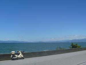 皐月、琵琶湖東岸をゆく.. 日帰りリトルカブツーリング『びわ鱒のすし』 -
