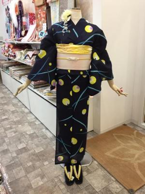 蛍柄の浴衣? - Tokyo135° sannomiya