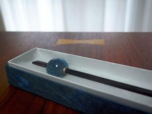 藍鼠玉万筋蜻蛉玉簪 - ぶん屋の抽斗