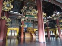 朝鮮王朝宮殿 - 絵を描きながら