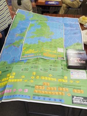 YSGA第336回定例会の様子その15 もうすぐ和訳完成...(TSR)Battle Over Britain - YSGA(横浜シミュレーションゲーム協会) 例会報告