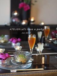 暗めに撮影~「6月のテーブルコーディネート&おもてなし料理レッスン」より - ATELIER Let's have a party ! (アトリエレッツハブアパーティー)         テーブルコーディネート&おもてなし料理教室