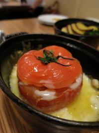 気軽に入られるからかなー。若い衆や外国の方に人気のワインバル。:ヴィーニャ ヴァン ヴィーノ (Vina Vin Vino)新宿三丁目 - あれも食べたい、これも食べたい!EX