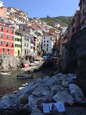 リオマッジョーレの港、これはダメ! - フィレンツェのガイドなぎさの便り