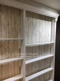 廊下にフレンチ風な本棚を作りました。 - フレンチシックな家作り。Le petit chateau