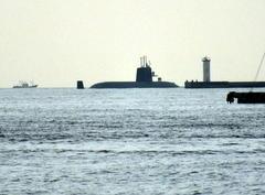 6月27日(火)、川崎重工からおやしお型潜水艦が出港しました - フォトカフェ情報