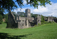 修道院の廃墟 Fountains Abbey - mamiノート