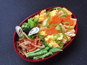 6/28 稲荷ちらし丼弁当 - ひとりぼっちランチ