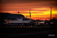 ☆ 上架の船と夕焼け2 ☆ - Trimming