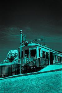 2017年7月1日 青ざめた赤い列車 - Silver Oblivion