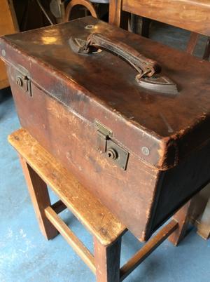 古い貝ボタンのネックレス - CELESTE オリジナルアクセサリー+古物