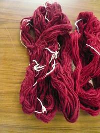 6月の織物活動④ - イクトスマイムの手織り活動~草木染めの糸を使って~