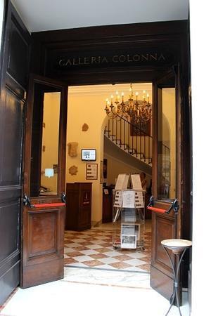 今年もイタリアへ「バラと芸術の旅」へ行って参りました。 - 元木はるみのバラとハーブのある暮らし・Salon de Roses
