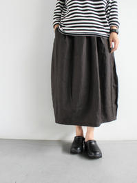 Ordinary fits TSUBOMI SKIRT / BLACK LINEN (LADIES ONLY) - 『Bumpkins putting on airs』