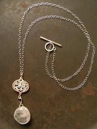 クオーツ×ブラックスターサファイア ネックレス - 石と銀の装身具