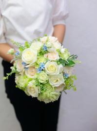 ブーケと装花の作り方と運び方、方法と手順をサポートします 仙人に弟子入りする場合のコップ一杯の水 - 一会 ウエディングの花
