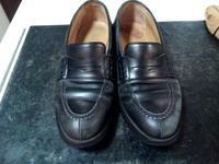 頑張った靴をしっかり黒く!① - 池袋西武5Fシューケア・シューリペア工房
