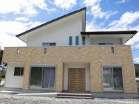 広いバルコニーと太陽光発電の家④(完成!) - ㈱栃毛木材工業