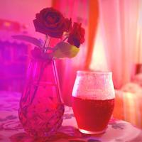 色が妖しく綺麗な赤紫蘇サワー - 三恵 poem  art