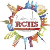 秋までにスピーキング力を伸ばそう!!RCIISの割引情報 - カナダ語学学校お得情報