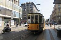 ミラノの公共交通機関~トラム~ - ビーズ・フェルト刺繍作家PieniSieniのブログ