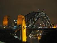 シドニーで夜のお散歩①~ハーバーブリッジ周辺~(Choc Mint) - 南米・中東・ちょこっとヨーロッパのアイスクリーム旅