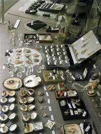 銀座店は本日より新着フェア&セールを開催いたします - AntiqueJewellery GoodWill