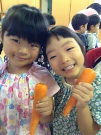 ドキドキワクワク☆お泊まり保育!~カレー作り編~ - みかづき第二幼稚園(高知市)のブログ