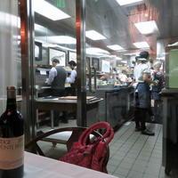 厨房が見えるレストラン♪ - アンティークな小物たち ~My Precious Antiques~