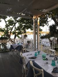 フィウミチーノ村のシーフードレストラン♪ - ロビンと一緒にお茶しましょ♪