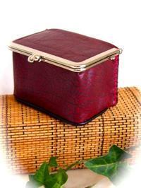 ボックス型がま口出来ました(⌒o⌒ ) - 布と木と革FHMO-DESIGNS(えふえっちえむおーでざいんず)Favorite Hand Made Original Designs