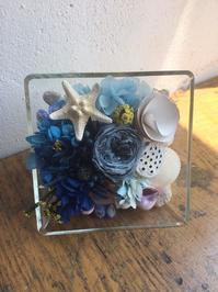 お花レッスン ブルーのお花と海 - Kuma&amie