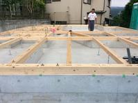 珪藻土や無垢の木で建てるソーラーシステムそよ風の家 上棟編 - 家造りブログ