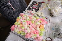 自分で作る、ブーケのリアレンジ 京王プラザホテルの花嫁さま - 一会 ウエディングの花
