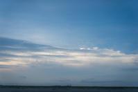 清々しいような夕方 - 東に向かえば海がある