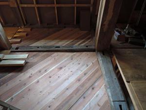 大町の家の2階床の構成 -