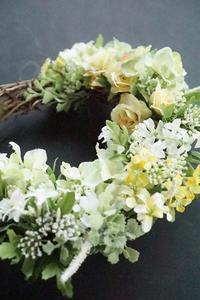 小花のアートリース♪ - お花に囲まれて