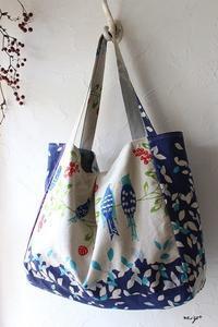 kokka-fabric掲載♪echinoの鳥さん柄がお洒落な『大きなマチ付きタックートート』 - neige+ 手作りのある暮らし