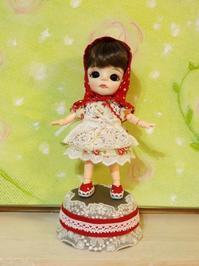 オークションに出品いたしました♪^^「小雛ちゃんの赤頭巾♪」オビツ11 - rubyの好きなこと日記