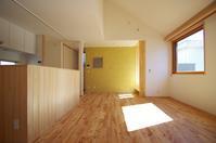 リビングダイニング/柏ボックス - K+Y アトリエ一級建築士事務所