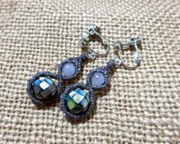 【マクラメ&ヘンプ】#137 モザイクシェルとカルセドニーのイヤリング - Shop Gramali Rabiya (SGR)