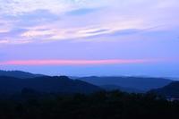 山から昇る日の出 - ひつじweblog