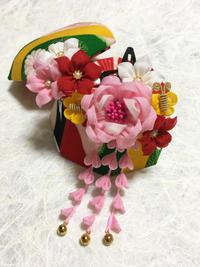 七五三の簪(三歳用) - 『かくや』 つまみ細工のアクセサリー