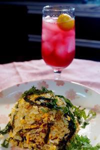 ■簡単5分!!【さっぱりと美味しい♪野沢菜の漬物入りチャーハン&赤紫蘇ドリンク】 - 「料理と趣味の部屋」